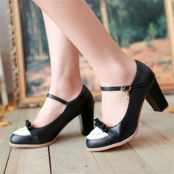 Vintage Sweet Girl Pumps