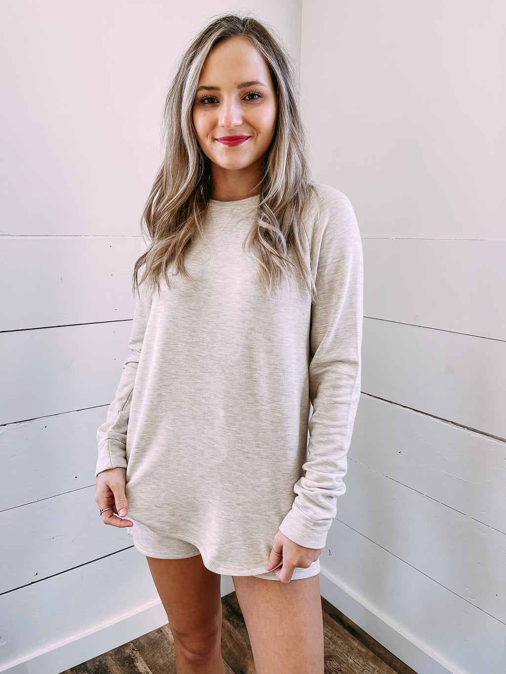 Feel at Home Sweatshirt - oatmeal