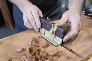 HNT Gordon Right hand side rebate/rabbet plane with a dovetail fence in action