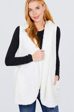 """Fur Vibes""Fluffy Vest in White"