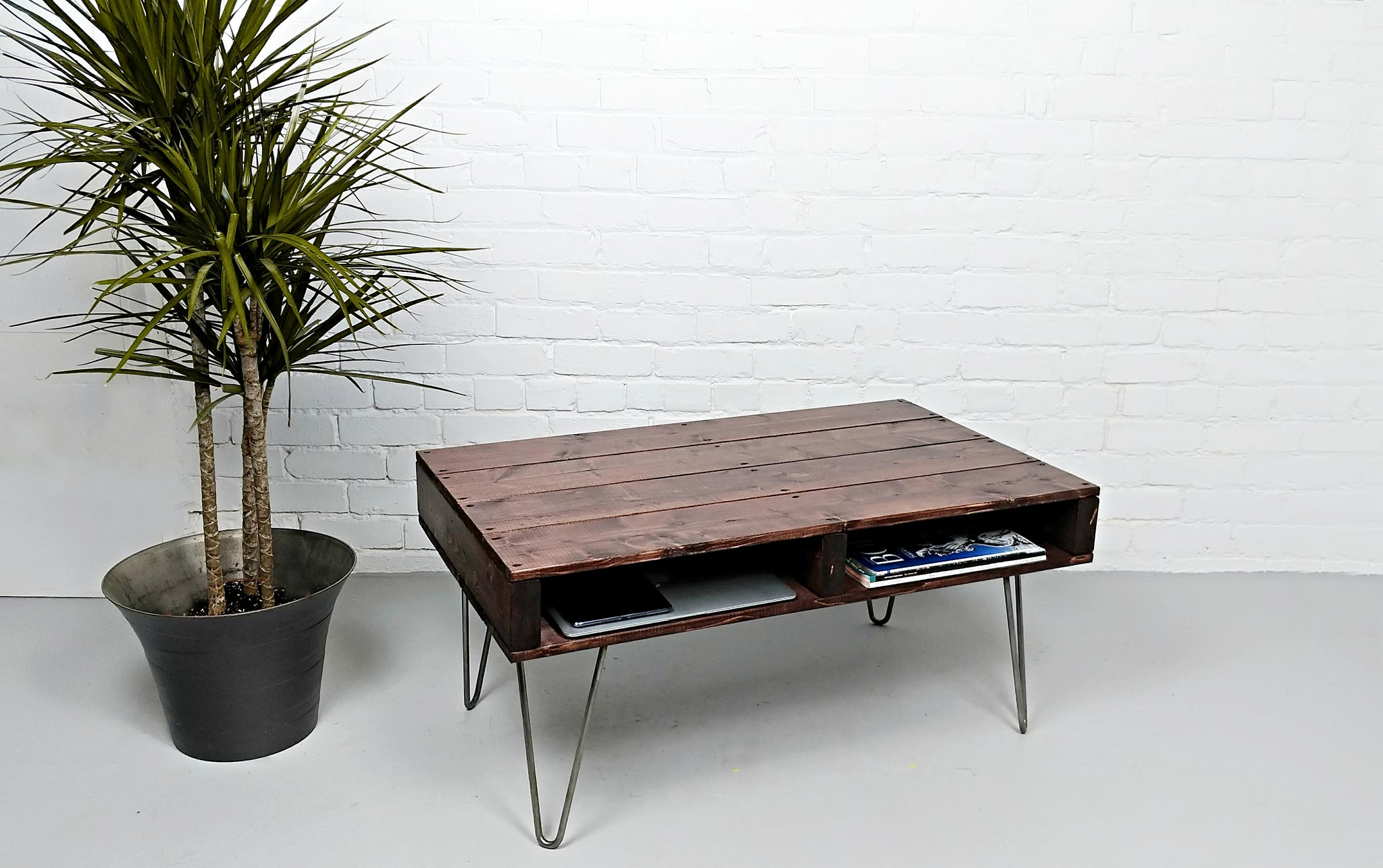 ACAJOU   Pallet Coffee Table In A Rustic Mahogany On Hairpin Legs