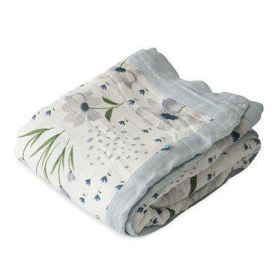 DELUXE MUSLIN QUILT - BLUE WINDFLOWER - Made by McNamara