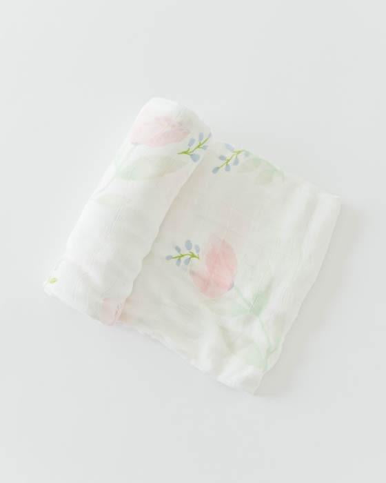 DELUXE MUSLIN SWADDLE - PINK PEONY - Made by McNamara