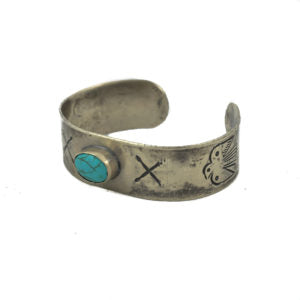 1 STONE TURQUOISE BRACELET WITH ARROW AND THUNDERBIRD - Made by McNamara