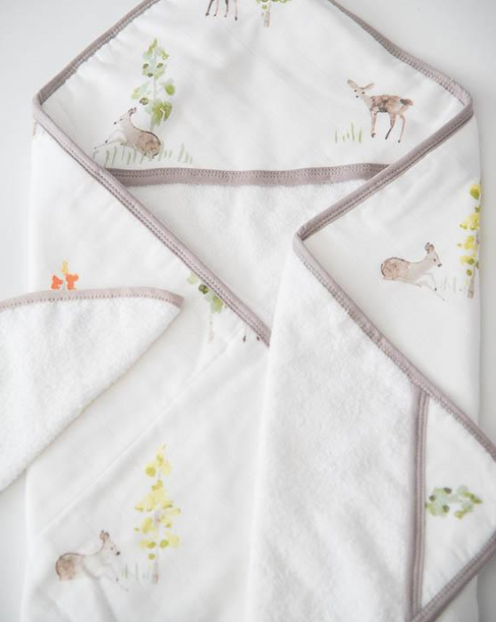 HOODED TOWEL AND WASHCLOTH SET - OH DEER