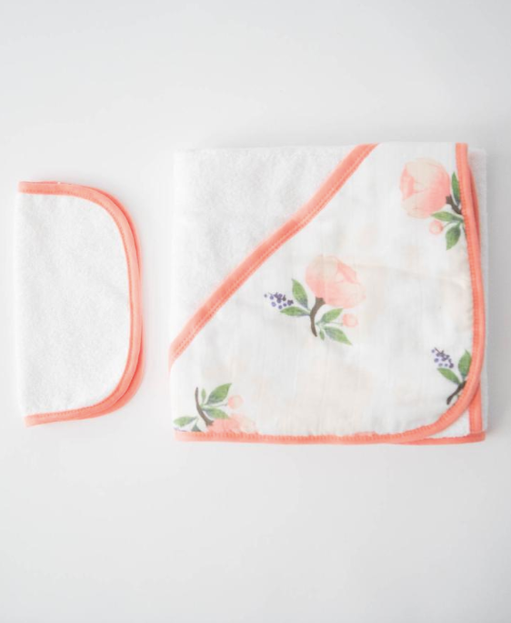HOODED TOWEL AND WASHCLOTH SET - WATERCOLOR ROSES - Made by McNamara