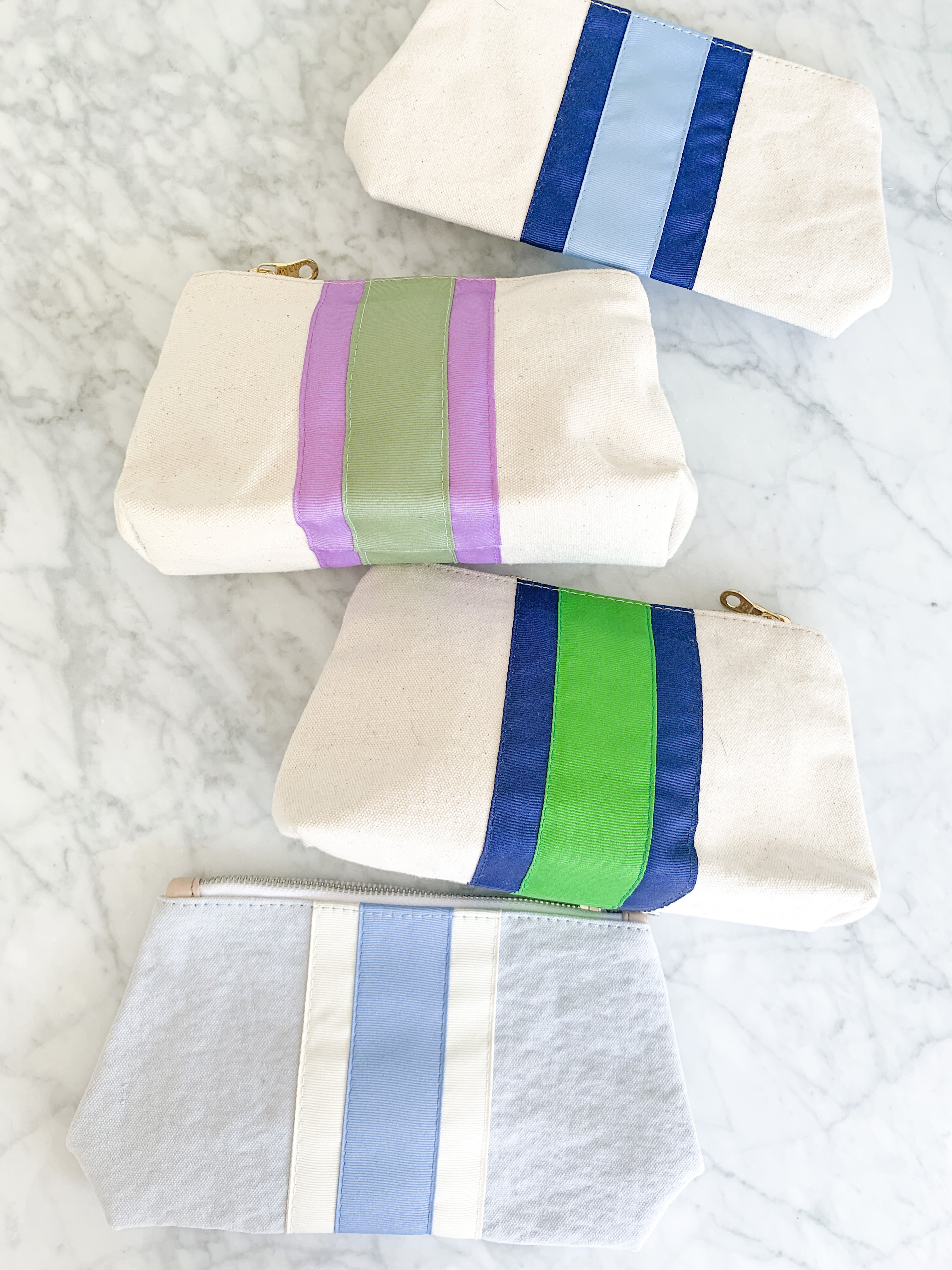 SMALL DYED CANVAS COSMETIC BAG - Made by McNamara