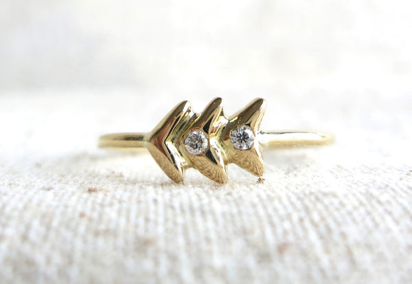 Mini Arrow Diamond Ring