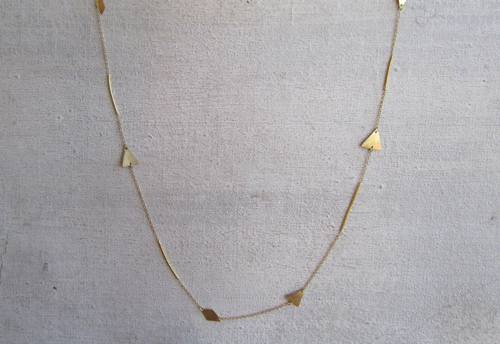 Pyramid and Diamond Shape Stick Necklace