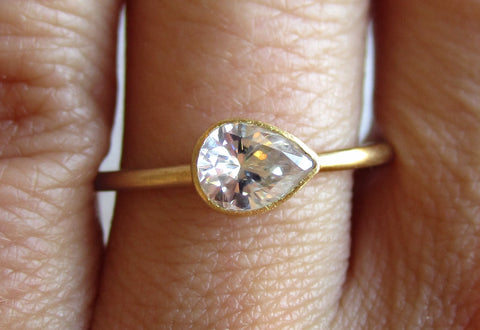 Pear Shaped Diamond Ring | Rounded Band