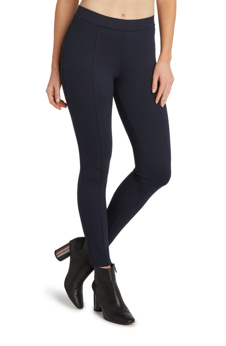 Fairfax Back Pocket Legging in Black