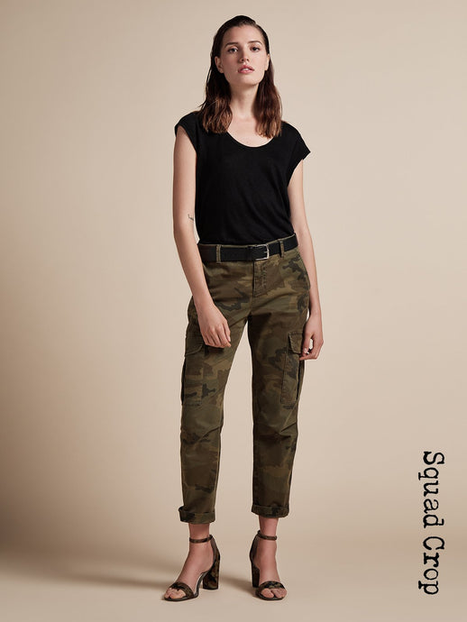 Squad Crop Pants in Hero Camo