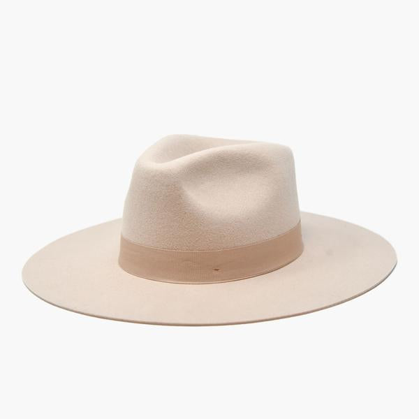 Lila Hat in Beige