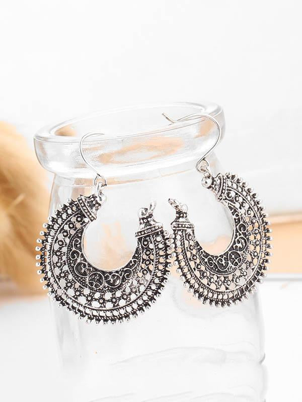 Retro Alloy U Basket Hollow Earrings
