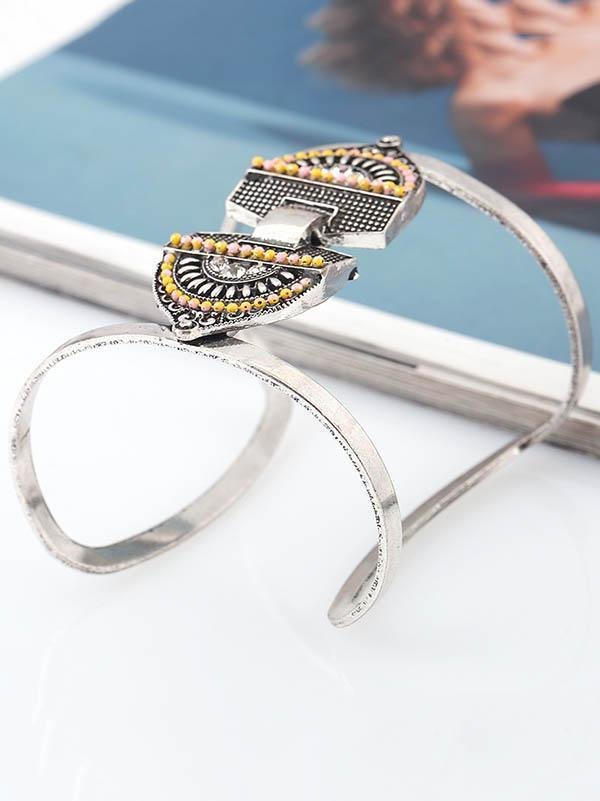 Metallic geometric openings bracelets