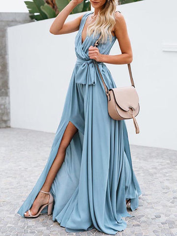White Deep V-neck Mopping Shirt Dress