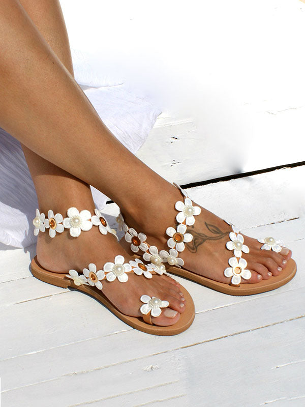 Pretty Flower Beach Flat Sandals