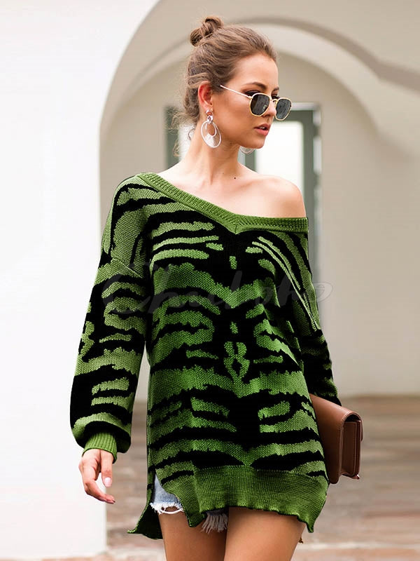 Printed Slit Long Sleeve V-neck Sweater