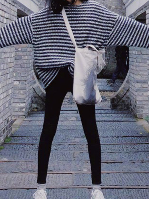 Loose Black-white Striped Knitted Sweater Tops