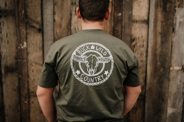 KHAKI BUCKLE UP T-SHIRT