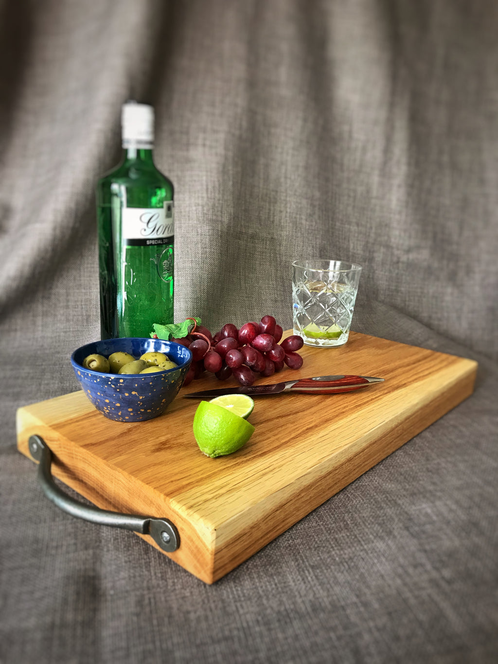 Large heavy duty chopping board