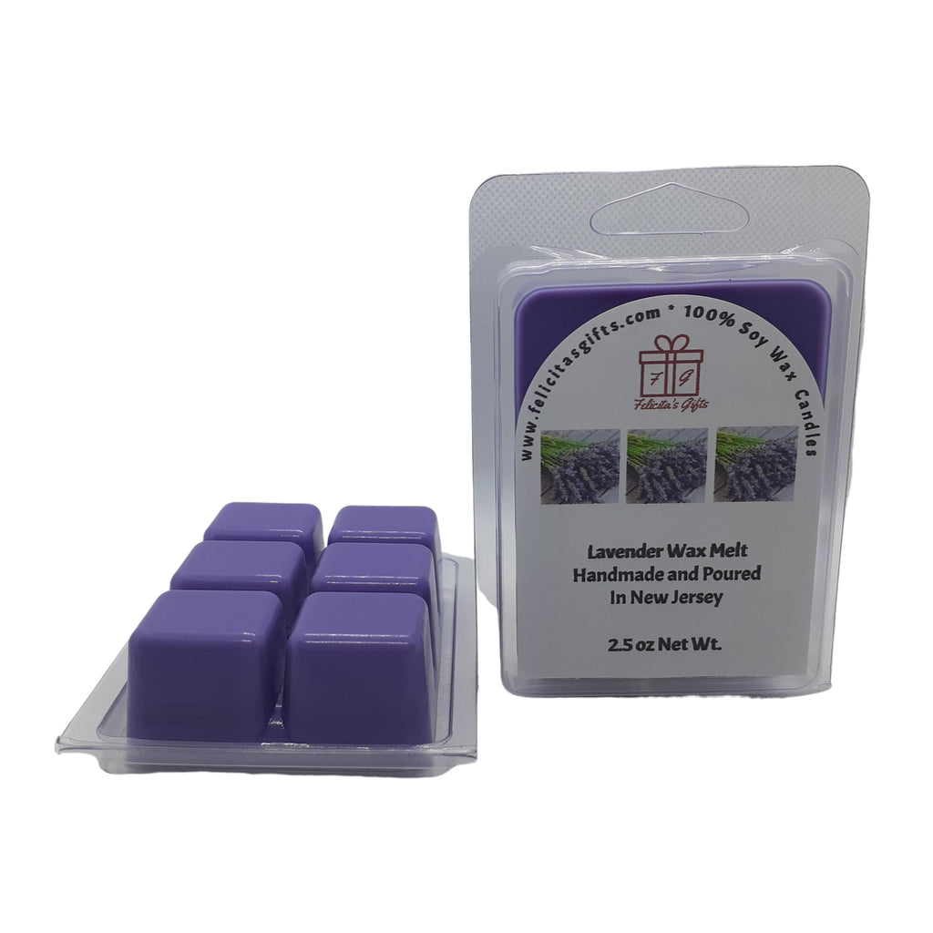 Lavender give the feeling of an enchanting meadow fringed with sprigs of lavender.