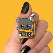 TRUE CRIME PULP PIN - More Colors