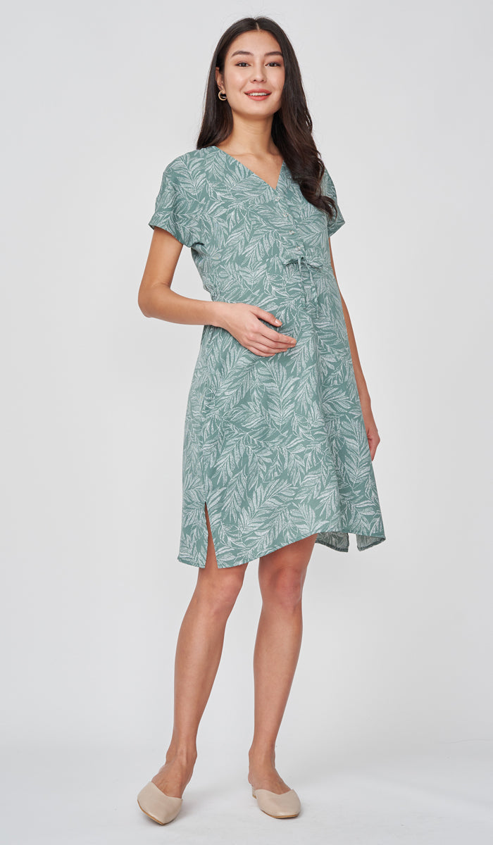 ASHLEIGH LEAF PRINT NURSING DRESS GREEN