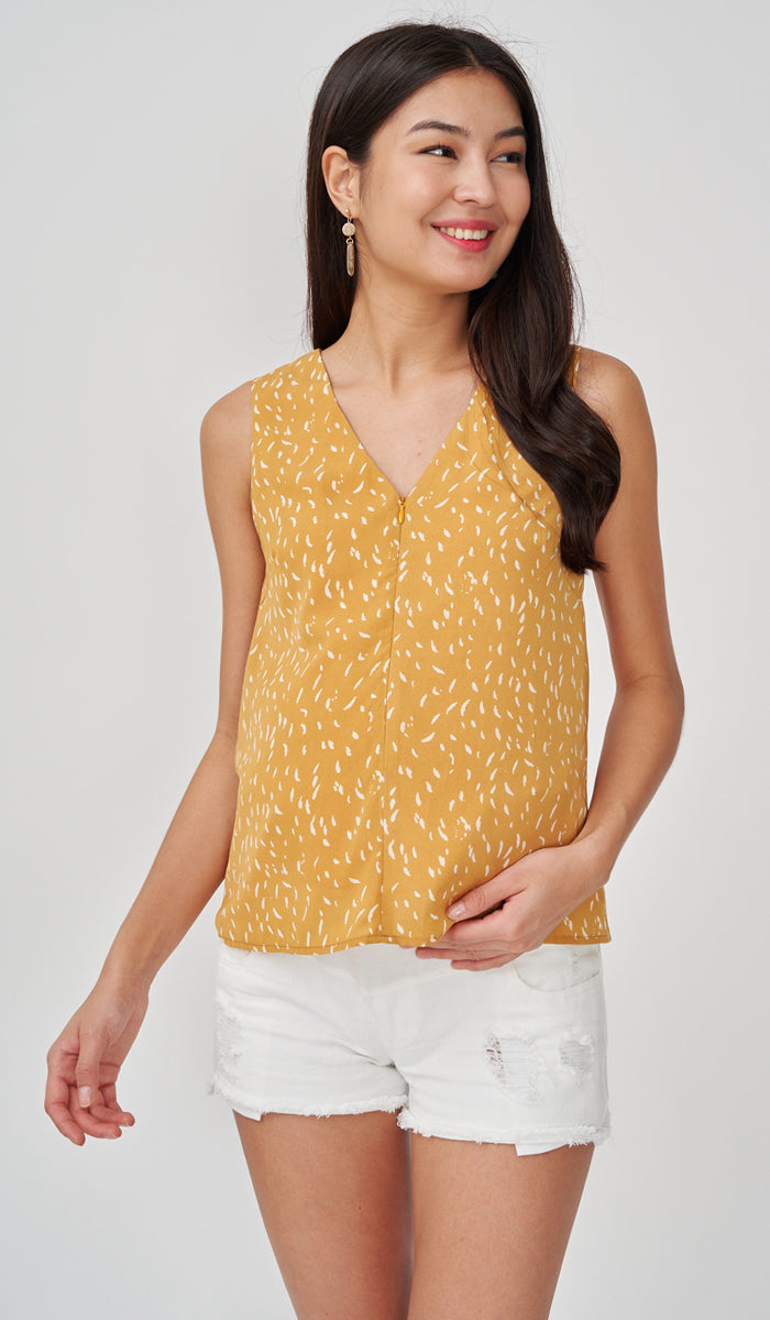 XERA NURSING PRINTED TOP MUSTARD