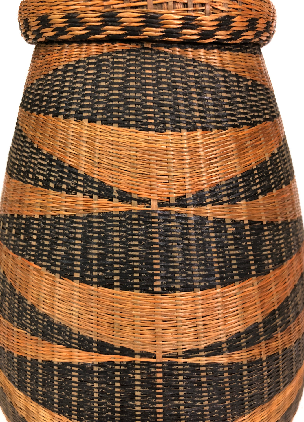 "Vintage Tutsi Basket from Rwanda - Medium - 11"" x 6"""