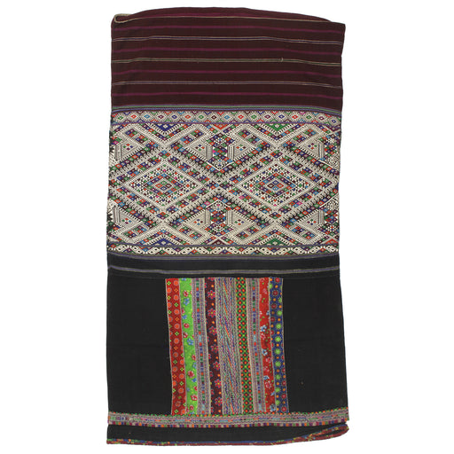 "Vintage Ethnic Lu Skirt from Northern Vietnam | 41"" x 22"" - Niger Bend"