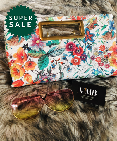 The flower clutch with glasses set