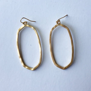 Geometric Dangles in Gold