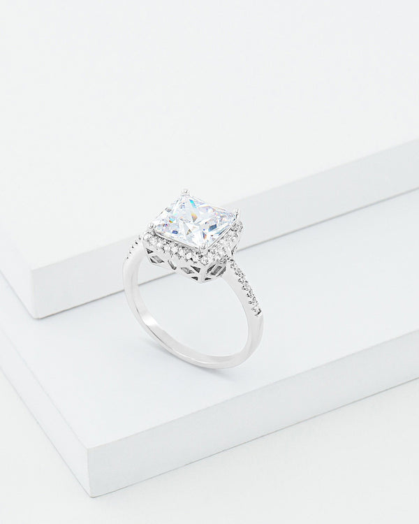 Angela Solitaire Ring, Brass, CZ Stone