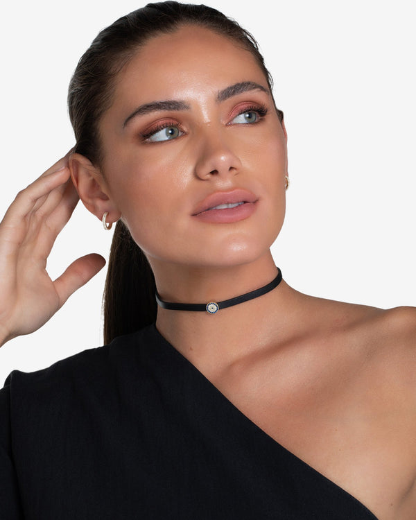 Elle Starbust Leather Choker