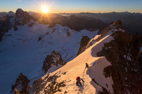 Sunrise on the Diables Arete
