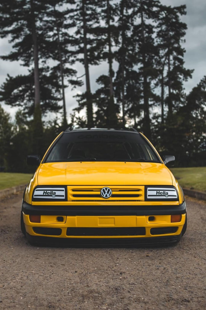 imola yellow mk3 golf variant stance