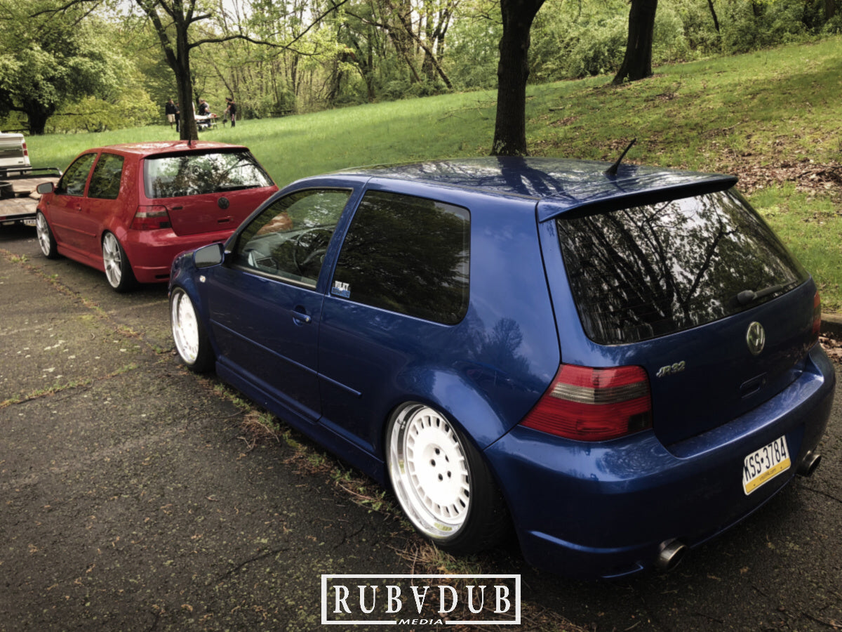 mk4 r32 bagged stance blue and red volky dismantlers