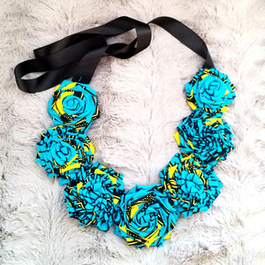 Kumusha Flower Necklace Blue