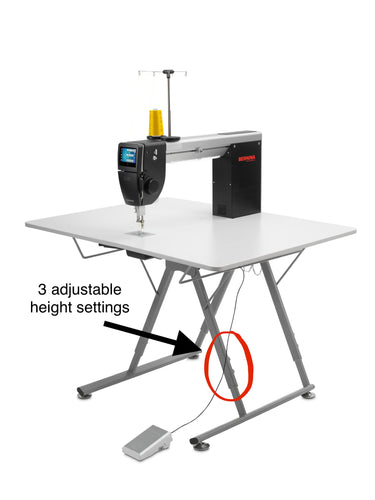 Bernina Q 20 + Folding Table (New Adjustable height - 3 settings)