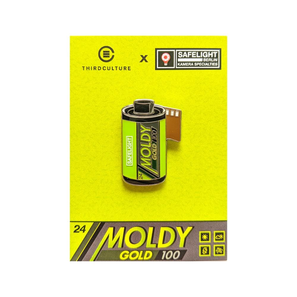Safelight Berlin Moldy Gold 100 35mm Film Pin (Safelight Berlin Collab) - Third Culture