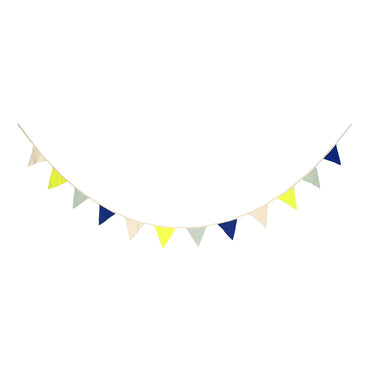 Meri Meri Blue Knitted Flag Garland