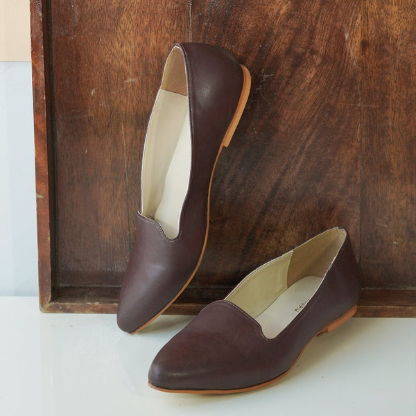 Pointed Toe Ballerinas : Brown