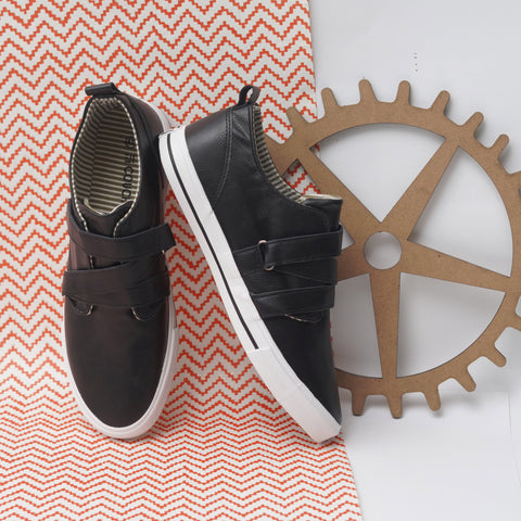 Loop Fastener PU Sneakers