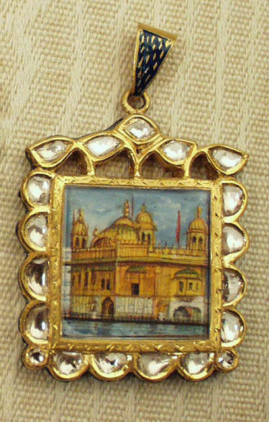 Square portrait of the Golden Temple with diamonds