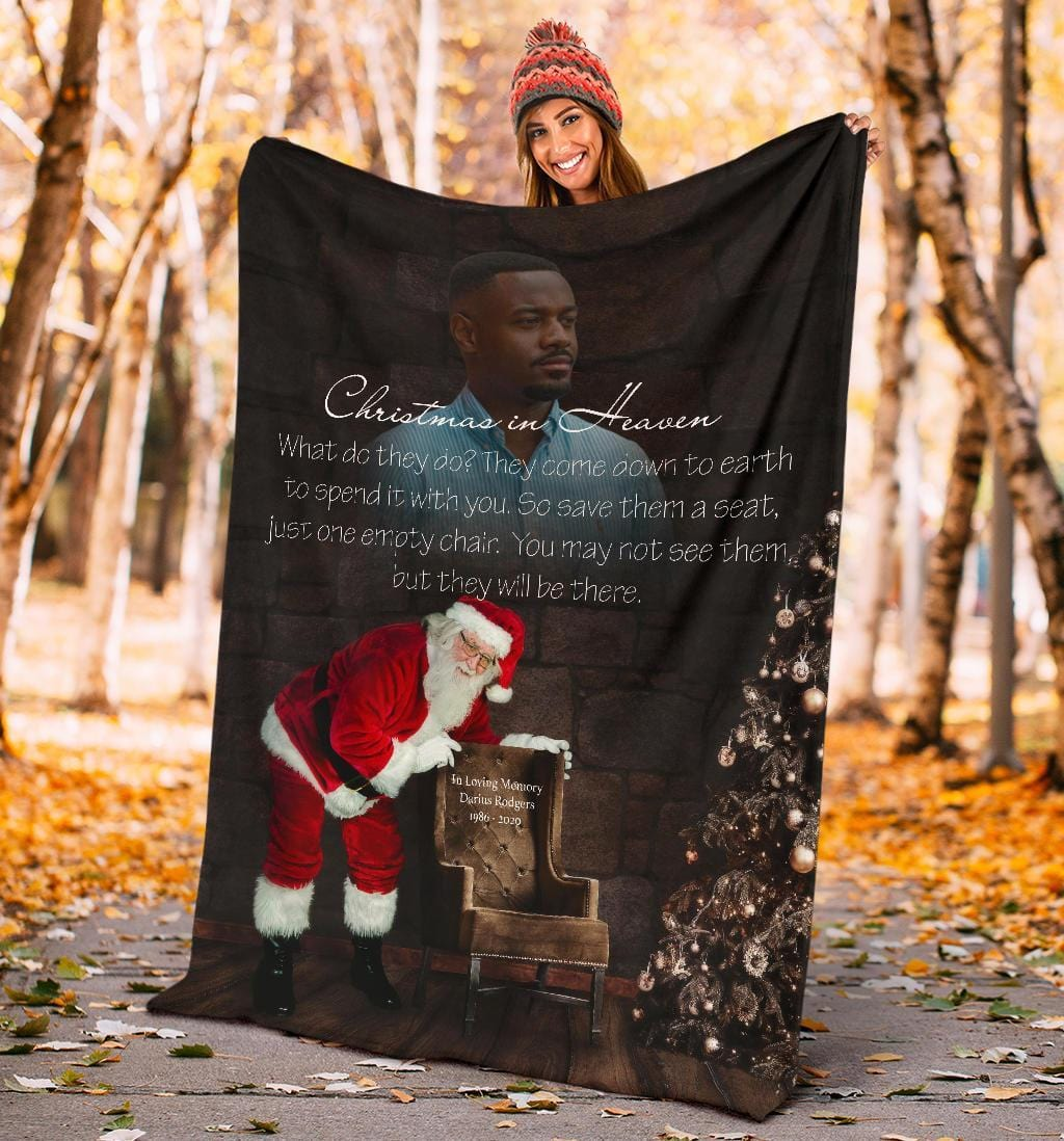 CHRISTMAS IN HEAVEN - ALL HEARTS COME HOME FOR CHRISTMAS BLANKET