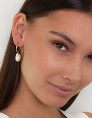 Bianc Sorrento Earrings w/ Freshwater Pearls - Gold - Mocha
