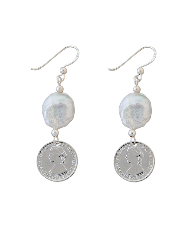 Von Treskow Token Earrings w/ Small Keshi Pearl - Silver - Mocha