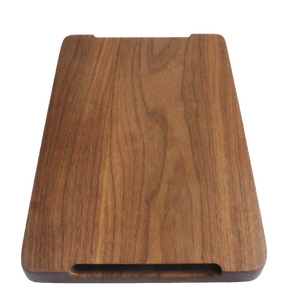Handmade walnut chopping board finlandsvensk bottom