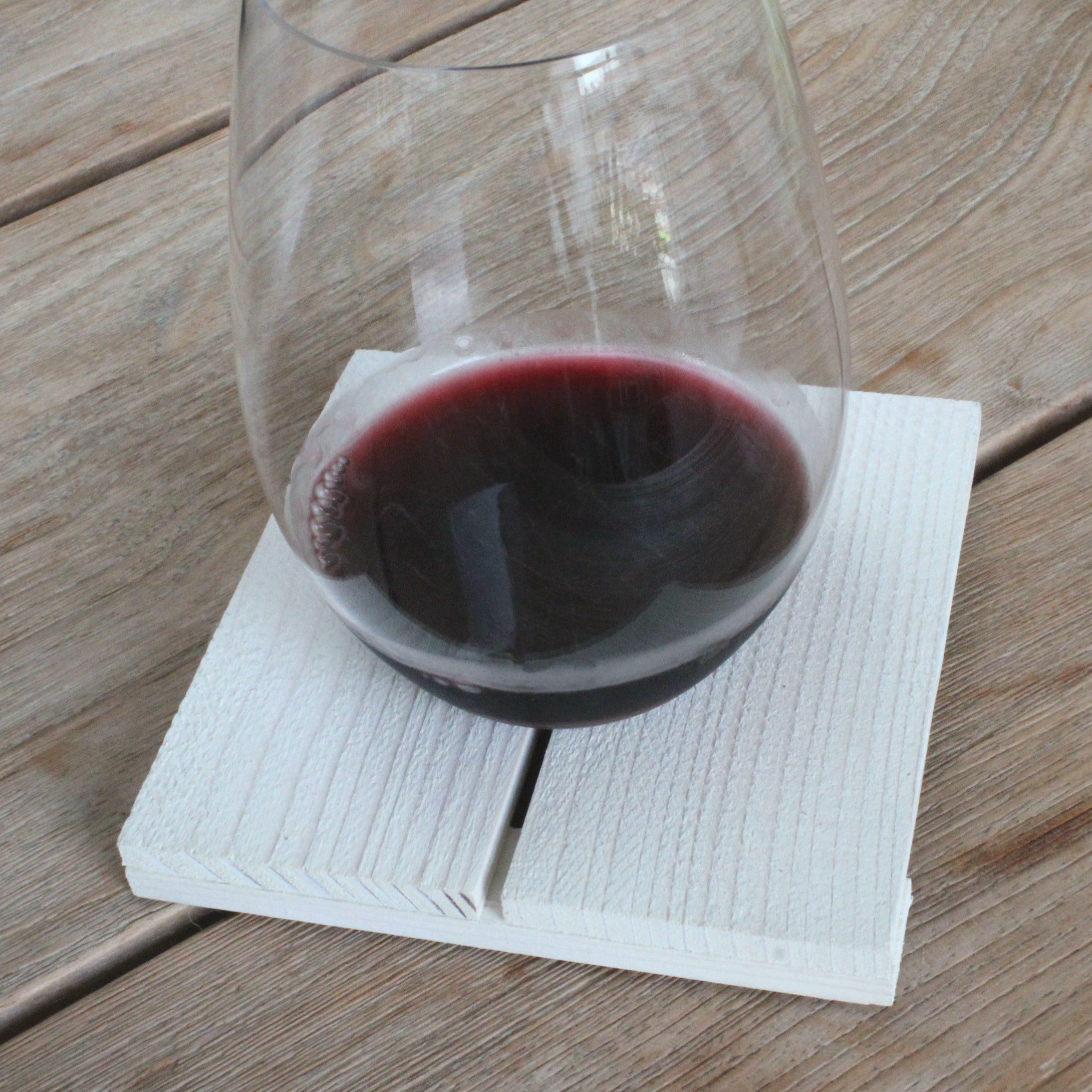 Handmade coasters, wood, finlandsvensk, upcycled, wine glass